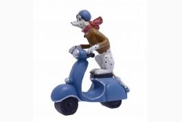 Dalmatiner på scooter